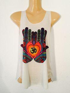 Camiseta+mano+de+fatima+de+PIKMODE+por+DaWanda.com