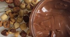 chocolate, melted - 2 tbsp vegetable or coconut oil - 3 tbsp powdered sugar - 1 tbsp unsweetened cocoa powder - ½ tsp vanilla extract -. Candy Recipes, Sweet Recipes, Dessert Recipes, Nutella, Low Calorie Cake, Food Network Recipes, Cooking Recipes, How To Roast Hazelnuts, Marmalade