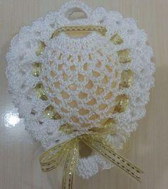 49 Ideas for crochet heart necklace gifts Crochet Art, Crochet Home, Thread Crochet, Love Crochet, Filet Crochet, Crochet Motif, Crochet Flowers, Crochet Sachet, Crochet Gifts