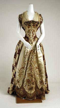 molena   бальные и вечерние платья 1880-1890 гг из коллекции Metropolitan Museum Dress (1887-89) Front View