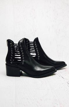 Windsor Smith   Edme Boot - Black   Shoes   Peppermayo
