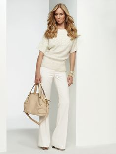 So pretty! I don't think I can pull off all white, but I still love this look!!!