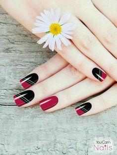 Red Nail Designs, Pedicure Designs, Red Nail Art, Red Nails, Nail Color Trends, Nail Colors, October Nails, Nail Art Stencils, Wedding Nails Design