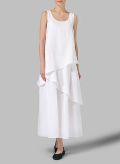 White Linen Sleeveless Layered Lightweight Dress - Approach your adventure the breezy swap of this regular fit that has a modern cut that hugs the body while still leaving room for movement. Boho Fashion, Fashion Outfits, Womens Fashion, 30 Outfits, Gothic Fashion, Trendy Dresses, Summer Dresses, Miss Me Outfits, Linen Shop