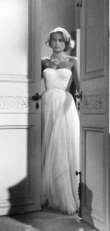 Grace Kelly wearing Edith Head, I love this dress!