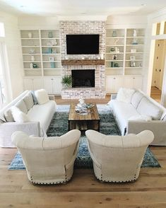 Breathtaking 38 Cozy Fireplace Makeover Ideas for Your Living Room https://toparchitecture.net/2018/01/10/38-cozy-fireplace-makeover-ideas-living-room/