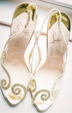 Louboutin bridal shoes. .... wowwww! !!