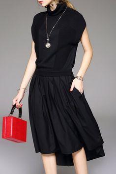 Pleated Midi Turtleneck Dress - BLACK M
