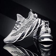 Sporty Outfits Nike, Nike Shoes Outfits, Sports Day Outfit, New Nike Huarache, Womens Sports Fashion, Sneakers Fashion, Men Sneakers, Fashion Design, Blade