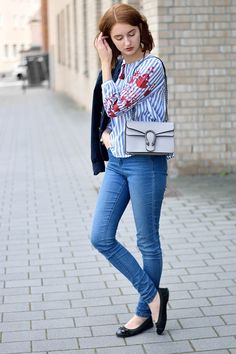 Modeblogger Outfit Zara bestickte Hemdbluse #fashion #outfitinspiration
