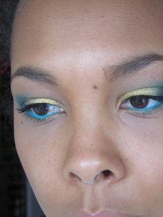 Sunny turquoise