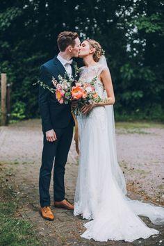 Retro meets romantic wedding inspiration | Image by Matt Horan Photography