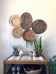 Vintage Oval Brown Woven Wicker Basket Trivet Placemat Wall Art