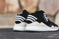 http://www.be-street.com/y-3-retro-boost-blackwhite/