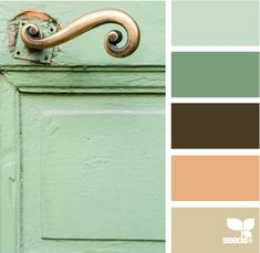 color handle [I had similar colors in a home I previously owned, back in the day, but still love the scheme]