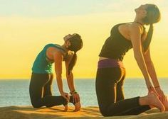 Yoga is the best workout for the mornings when you are lazy and you want to get energized. Discover some yoga exercises that tones muscles and energize you. Pregnancy Yoga Classes, Yoga Pregnancy, Yoga Fitness, Health Fitness, Learn Yoga, Online Yoga, Free Yoga, Yoga Poses For Beginners, Excercise