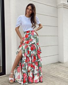 Western Dresses, Western Outfits, Maxi Shirt Dress, Dress Skirt, Fashion Outfits, Womens Fashion, Fashion Trends, Church Outfits, African Attire