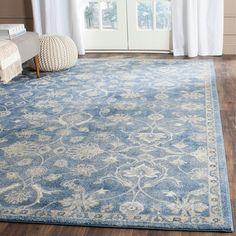 Safavieh Sofia Vintage Oriental Blue/ Beige Rug (6'7 x 9'2)