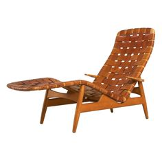 Beech and leather strap Chaise Longue by Arne Vodder for Bovirke ca.1950's