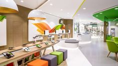 Featuring an inviting, wide-open façade that draws customers over the threshold, the new store design presents Etisalat's 'Life: Connected' as a series of engaging experiences within a warm, sociable environment.