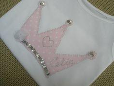 camiseta con corona