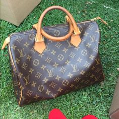 Louis Vuitton Speedy Handbag Thinking of selling . Purchased in Paris . Previously loved with gentle wear . More details to come . Louis Vuitton Bags