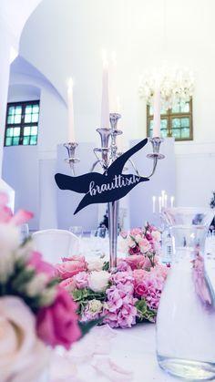 Hochzeitsdesign / Tischnummer Table Decorations, Design, Furniture, Home Decor, Wedding, Homemade Home Decor, Home Furnishings, Design Comics, Decoration Home