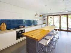A Lush Sydney Eco House Built Around a Living Courtyard (Home Decorating Trends)