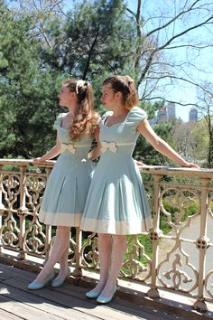 Twins in Central Park! (We are not actually twins, just sisters. Vintage Style Dresses, Vintage Outfits, Vintage Fashion, Mori Girl Fashion, Lolita Fashion, Visual Kei, Harajuku, Grunge, Kawaii
