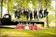This would be a fun shot. Paris Mountain Photography wedding group photos wedding party photos