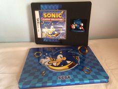 Sonic Classic Collection metallic box opened.