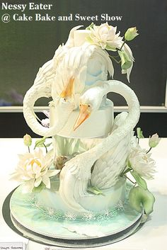 Cake Bake and Sweet Show_Nessy Eater Amazing Wedding Cakes, Amazing Cakes, Bird Cakes, Cupcake Cakes, Extreme Cakes, Peacock Cake, Fantasy Cake, Unique Cakes, Novelty Cakes