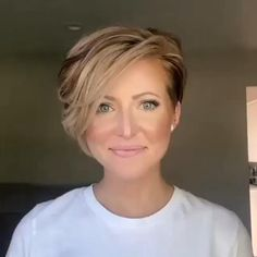 Short Sassy Haircuts, Short Hairstyles For Women, Short Undercut Hairstyles, Short Bob With Undercut, Short Asymmetrical Hairstyles, Undercut Bob Haircut, Short Stacked Bob Haircuts, Short Choppy Bobs, Cute Pixie Haircuts