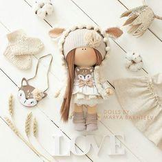 Моя новая любовь Малышка ПРОДАНА ! Возможен примерный повтор #творчество #куклы #мастеркласс #шеббишик #интерьернаякукла #ручнаяработа #bernina #gutermann #hobby #handmade #home #interior #decor #design #doll #коллекционнаякукла