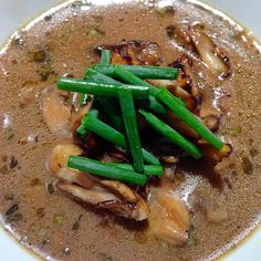 Truffled Mushroom Soup by Chef Dean Sheremet Truffle Mushroom, Mushroom Soup, Healthy Food, Healthy Recipes, Truffle Recipe, Truffles, Allrecipes, Thai Red Curry, Yum Yum
