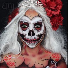 10 Spooky Makeup Looks for the Halloween Fanatic Creepy Halloween Makeup, Creepy Makeup, Amazing Halloween Makeup, Horror Makeup, Halloween Looks, Dead Makeup, Sfx Makeup, Pop Art Makeup, Face Paint Makeup