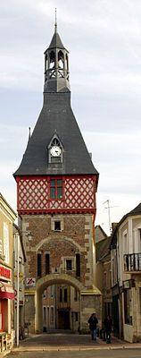 Tour de l'Horloge de Saint-Fargeau (XVe). Bourgogne