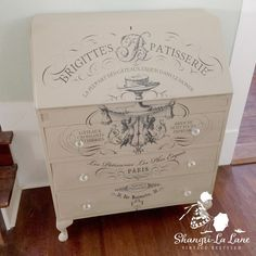 These Transfers Will Change Your Life - Shangri-La Lane Repurposed Wood Projects, Repurposed Furniture, Painted Furniture, Refinished Furniture, Decoupage Furniture, Sunroom Furniture, Furniture Vintage, Salvaged Wood, Industrial Furniture