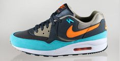 Nike Air Max Light Essential Anthracite/Copper Flash-Bamboo