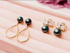 Always wear earrings at the very least.  . . #culturedpearls #pearls #blackpearls #pearl #accessories #tahitianpearls #fiji #pacificpearls #shahana #bossladies #jewelrybox #jewelryporn #jewelry #jewelrydesigner #jewelrygram