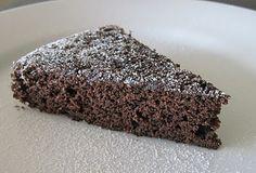 Modern Vintage Cooking: Vegan Chocolate Red Wine Cake