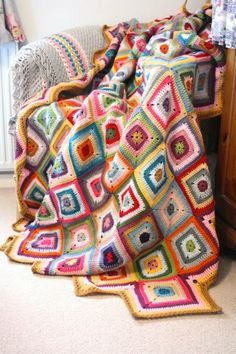 Cherry Heart: Colour Theory Blanket one of the coolest and interesting blankets I've seen! In love with it!