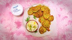 Join Courtney Roulston as she creates her Pea, Feta & Lemon Fritters With Dill Yoghurt recipe. Tune in to The Cook's Pantry each weekday on Channel Healthy Cooking, Cooking Recipes, Cooking Ideas, Food Ideas, Pea Fritters, Light Recipes, Appetizer Recipes, Feta, Vegetarian