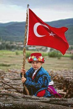 Musa AKKAYA, Duvar Kağıdı Armenia, Turkish People, Turkish Army, Asia, Georgia, Istanbul Turkey, World Cultures, Cool Photos, Old Things