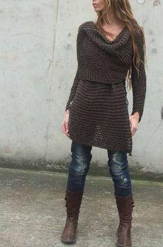 Dark Brown Wraparound jacket / cardigan sweater- luv this look Knitwear Fashion, Crochet Fashion, Crochet Woman, Knit Crochet, Original Design, Knitting Designs, Crochet Clothes, Pretty Outfits, Lana