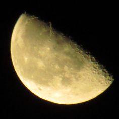 provocative-planet-pics-please.tumblr.com luna de esta noche al 58% de visibilidad 28/04/2016 @mexico_maravilloso @igersmexico @descubriendoigers @astralshot @astronomia @sky_captures @celestronuniverse #lunamenguante #igcdmx #moon #luna #28042016 #planets #nature #naturaleza #fotografia #creativosmx #mexico2016 #night #sky #ingenio_mx #messico #mexico_maravilloso #telescopio #moonlight #faselunar #galeriadelmundo #historiasdecolor #astrofotografía #astrofotography #anochecer #mexiconatural…