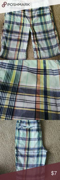 GAP KIDS Shorts Size 14 Preppy plaid shorts. Light green, blues, orange, and yellow plaid. 4 pockets. Great condition. no stains or defects. Bottoms Shorts
