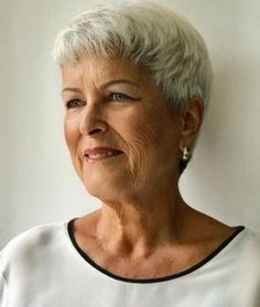 Short Blonde Hairstyle over 70 # short hair styles for round faces older The Best Hairstyles and Haircuts for Women Over 70 Short Fine Hair Cuts, Short Hairstyles Fine, Short Hair Older Women, Short Hair Styles For Round Faces, Short Grey Hair, Haircut For Older Women, Best Short Haircuts, Older Women Hairstyles, Short Blonde
