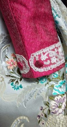 Sleeves Designs For Dresses, Sleeve Designs, Edwardian Fashion, Vintage Fashion, Clothing Patterns, Sewing Patterns, Sewing Sleeves, Sewing Blouses, Traditional Fashion