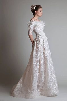 mature modern wedding dresses | Teach You How to Choose Wedding Dress Styles to Look Young